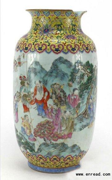 破损清朝花瓶8.7万镑被拍卖
